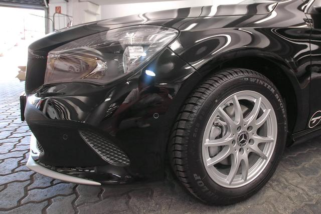 Mercedes-Benz CLA - 180 SB Navi KEYLESS PTS SHZ KLIMA Regensenso