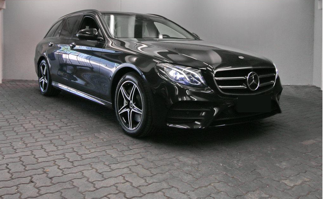 Mercedes-Benz E-Klasse T-Modell - E 300 DE T AMG NAVI COMAND LED NIGHT PANO DISTR