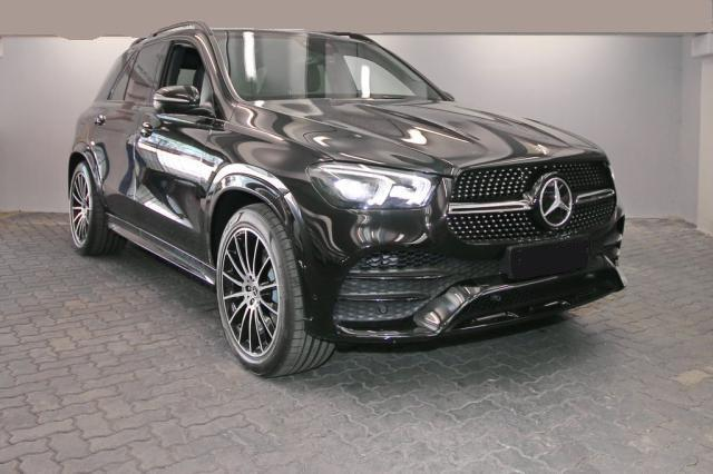 Mercedes-Benz GLE - 400 d 4M LED PANO AHK DISTR MBUX-Navi AR PTS