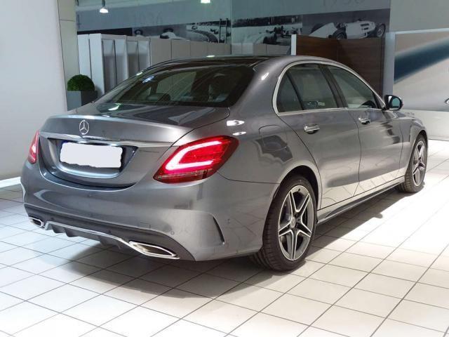 Mercedes-Benz C-Klasse C 300 AMG+NAVI+LED+PANO+Widescreen+KAMERA+KEYLES