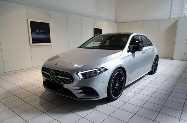 Mercedes-Benz A-Klasse A 250 AMG+LIMOUSINE+LED+NIGHT+PANO+MBUX+Navi+AR