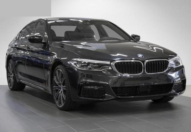 BMW 5er 530d xDrive Limousine M Sportpaket Head-Up DAB
