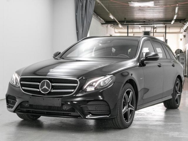 Mercedes-Benz E-Klasse E 300 de T AMG Night Distronic Comand LED Kamera