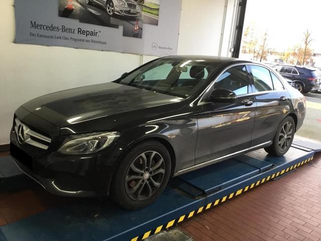 Mercedes-Benz C-Klasse - C 180 Avantgarde Navi LED Einparkhilfe