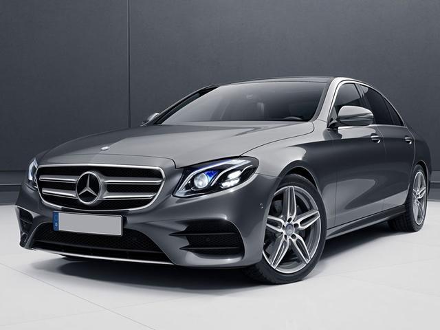 Mercedes-Benz E-Klasse - E 220 d T-Modell AMG Spur-P. LED AHK Kamera Navi