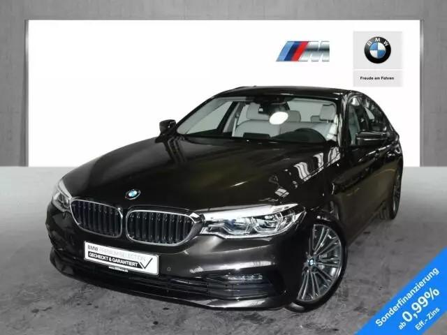 BMW 5er 530i xDrive Limousine Sport Line EURO6 Head-Up L