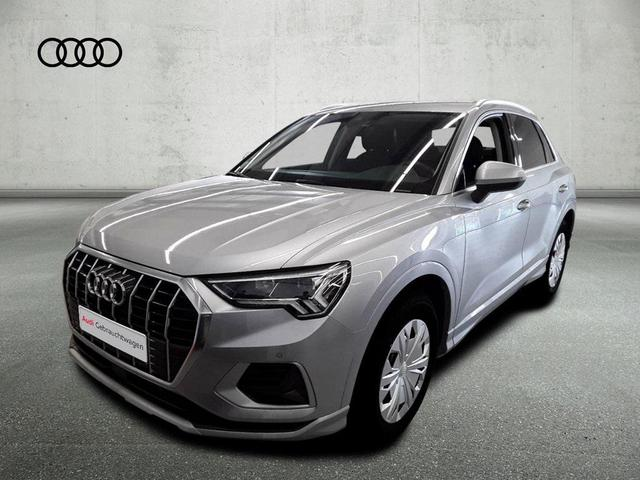 Audi Q3 - 35TFSI sport/LED/Navi /Virtual/ACC/AHK/19