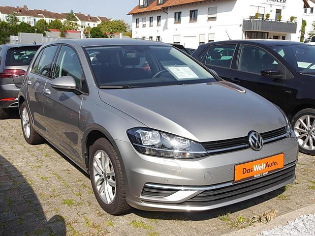 Volkswagen Golf - VII 1.0 TSI Comfort. Navi Sitzheizung Einpa