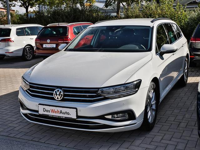 Volkswagen Passat Variant 1.5 TSI Business DSG AHK LED Navi