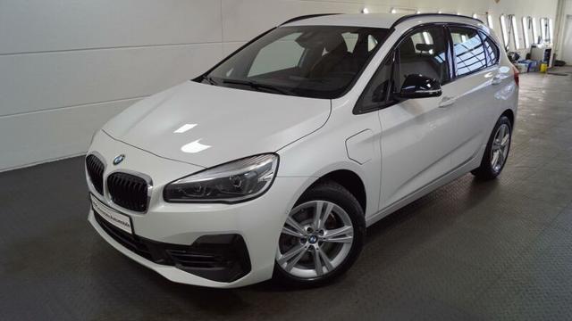 BMW 2er Active Tourer 225xe Sport Line *TOP AUSSTATTUNG*