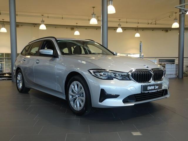BMW 3er 330e xDrive Touring Advantage *SOFORT VERFÜGBAR*
