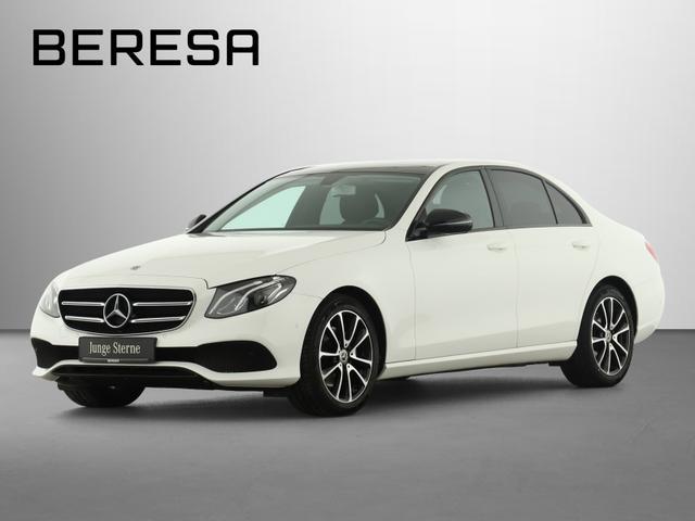 Mercedes-Benz E-Klasse - E 220 d Avantgarde Pano.-Dach Night LED AHK