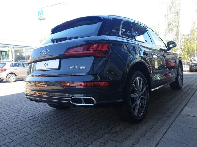 Audi Q5 - 55 TFSI e Quattro S-Tronic S Line AHK Navi