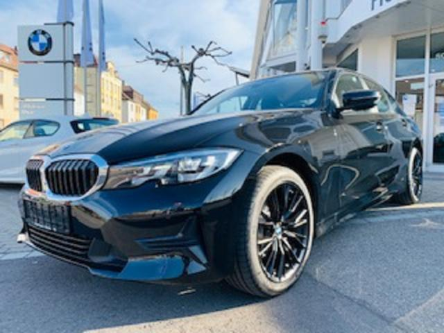 BMW 3er - 318i Limousine  18''M796schwarz/LED/AUTOMATIK  E