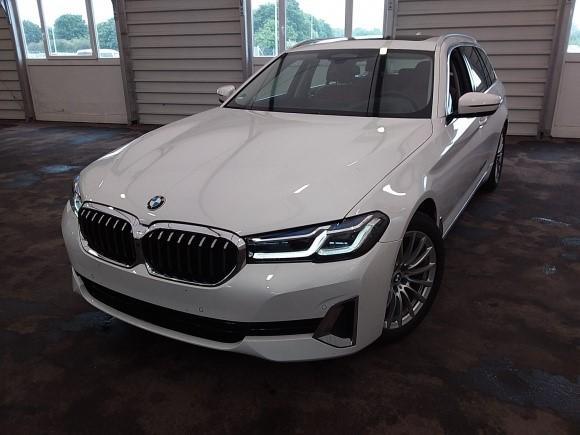 BMW 5er 520d Touring Luxury Line KOMFORTSITZE.HEAD UP