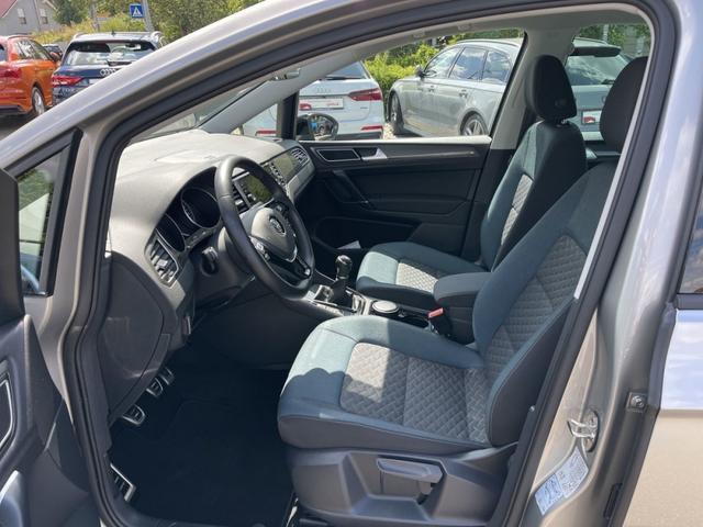 Volkswagen Golf Sportsvan 1.0 TSI IQ.DRIVE AHK Navi PDC