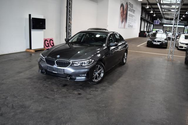 BMW 3er 320d Limousine EURO6 Sport Line HiFi DAB LED Komfortzg. Shz