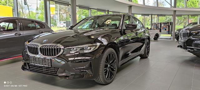 BMW 3er - 318i  Markenwechsel  inkl. 18'' LM ''Jet Black''