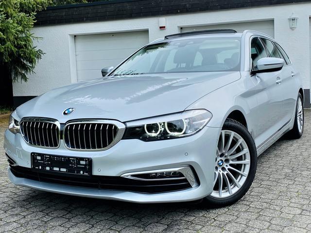 BMW 5er - 520i Touring Luxury Line DisplayKey Panorama Dach