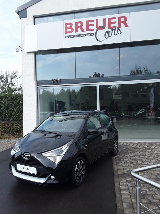 Toyota Aygo - X-Play Connect