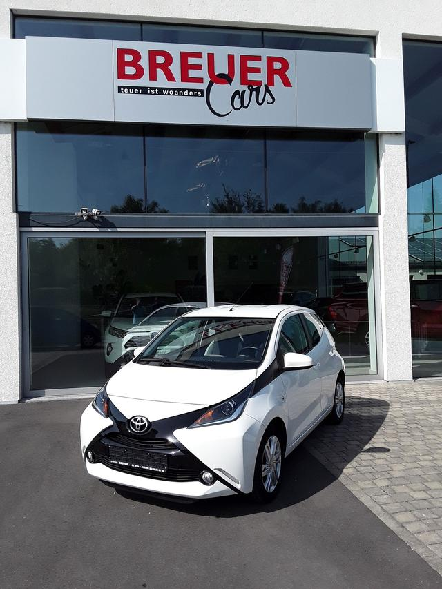 Toyota Aygo - X-play Touch