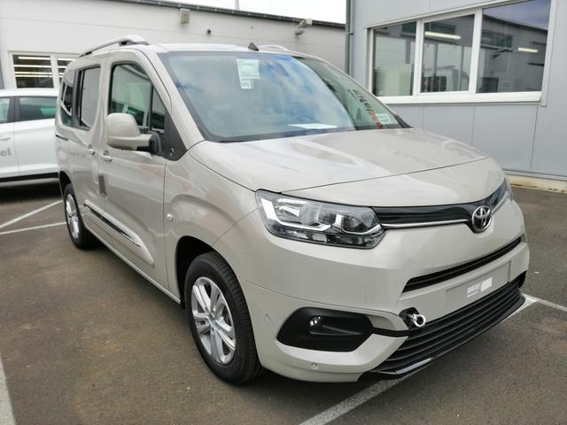 Toyota PROACE CITY VERSO Shuttle LWB - 7 Pl. 1.2 Benziner 110 PS 6 M/T