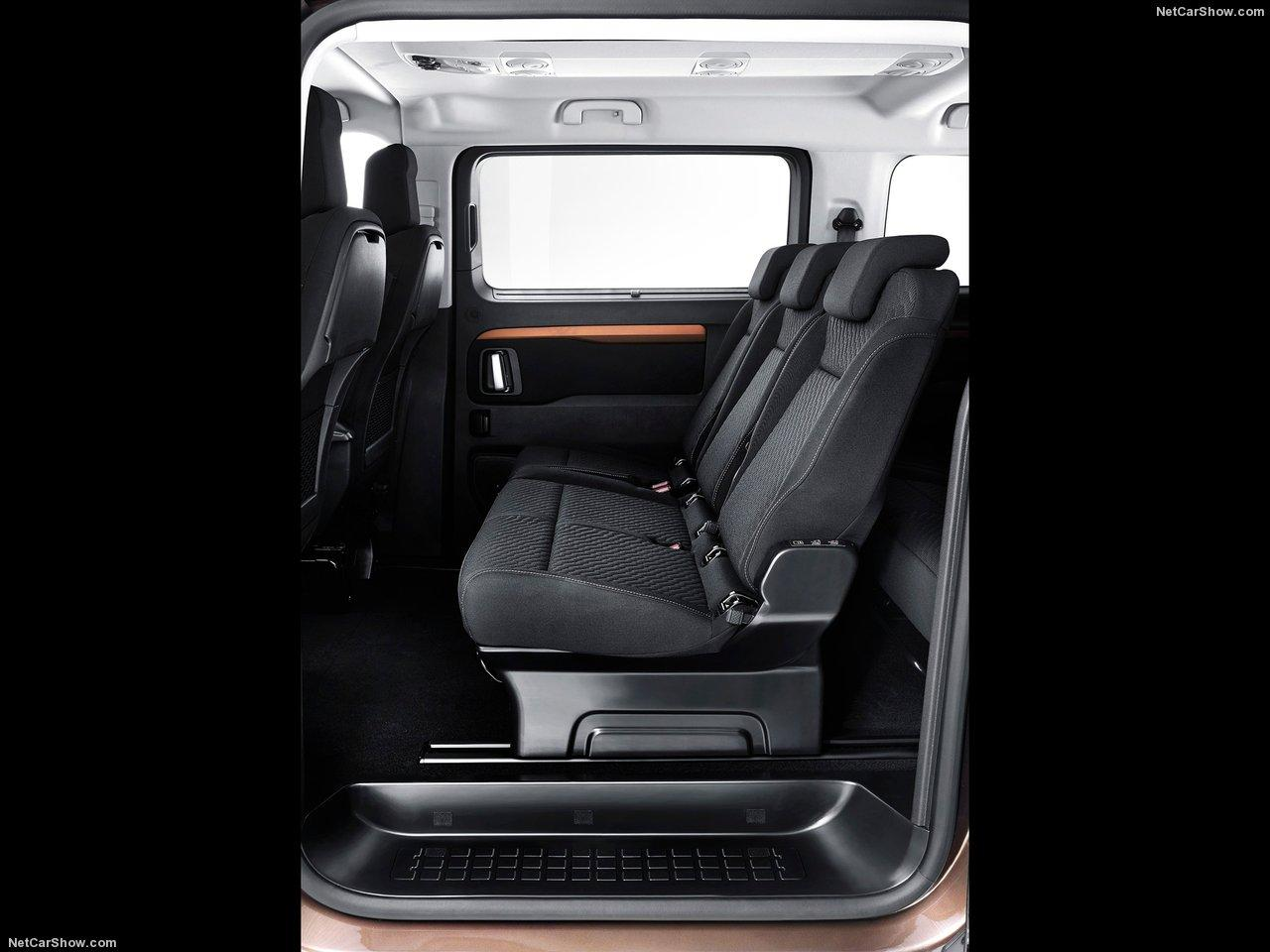 toyota proace verso family viaggio l1 8s 5d mit. Black Bedroom Furniture Sets. Home Design Ideas