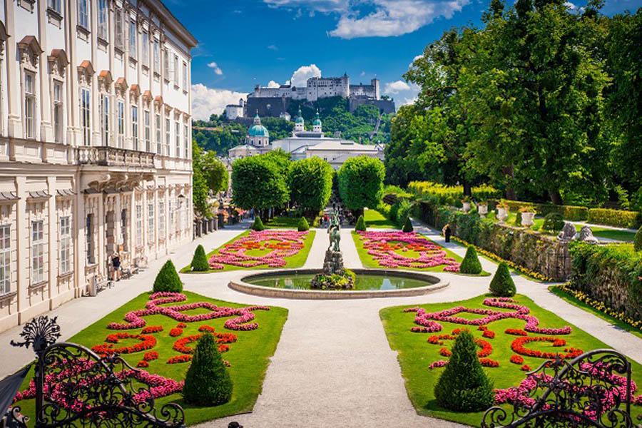 salzburg mirabellgarten austria
