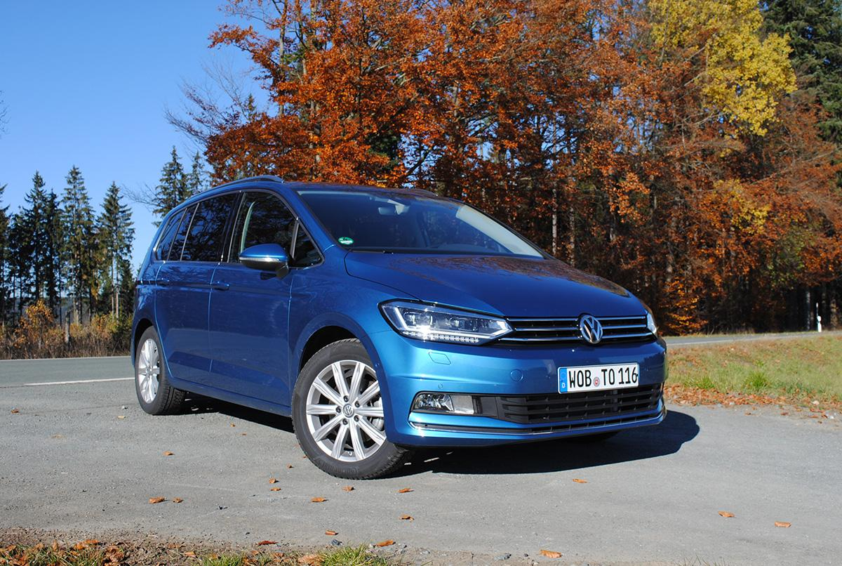 VW Touran 2.0 TDI in Blau