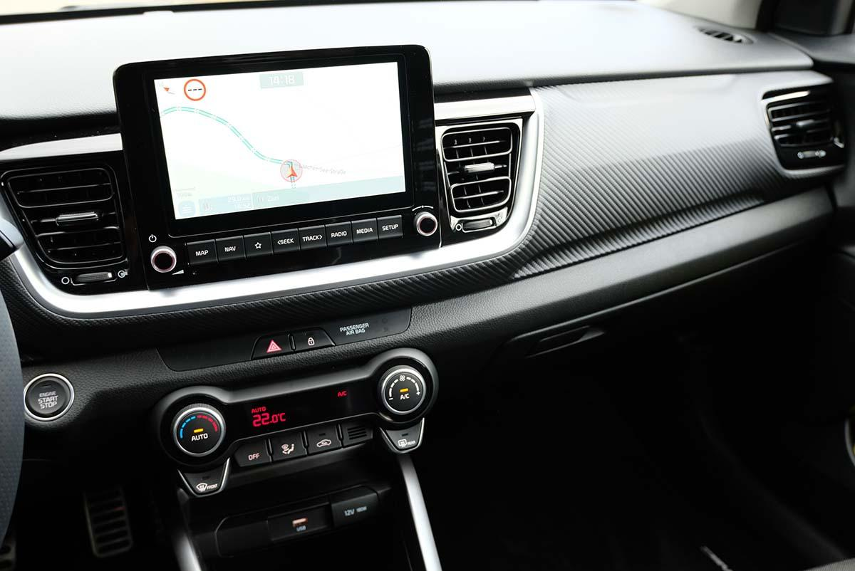 Kia Stonic 1.0 T-GDI 120 Mild-Hybrid iMT 2021 Interieur Cockpit Multimedia