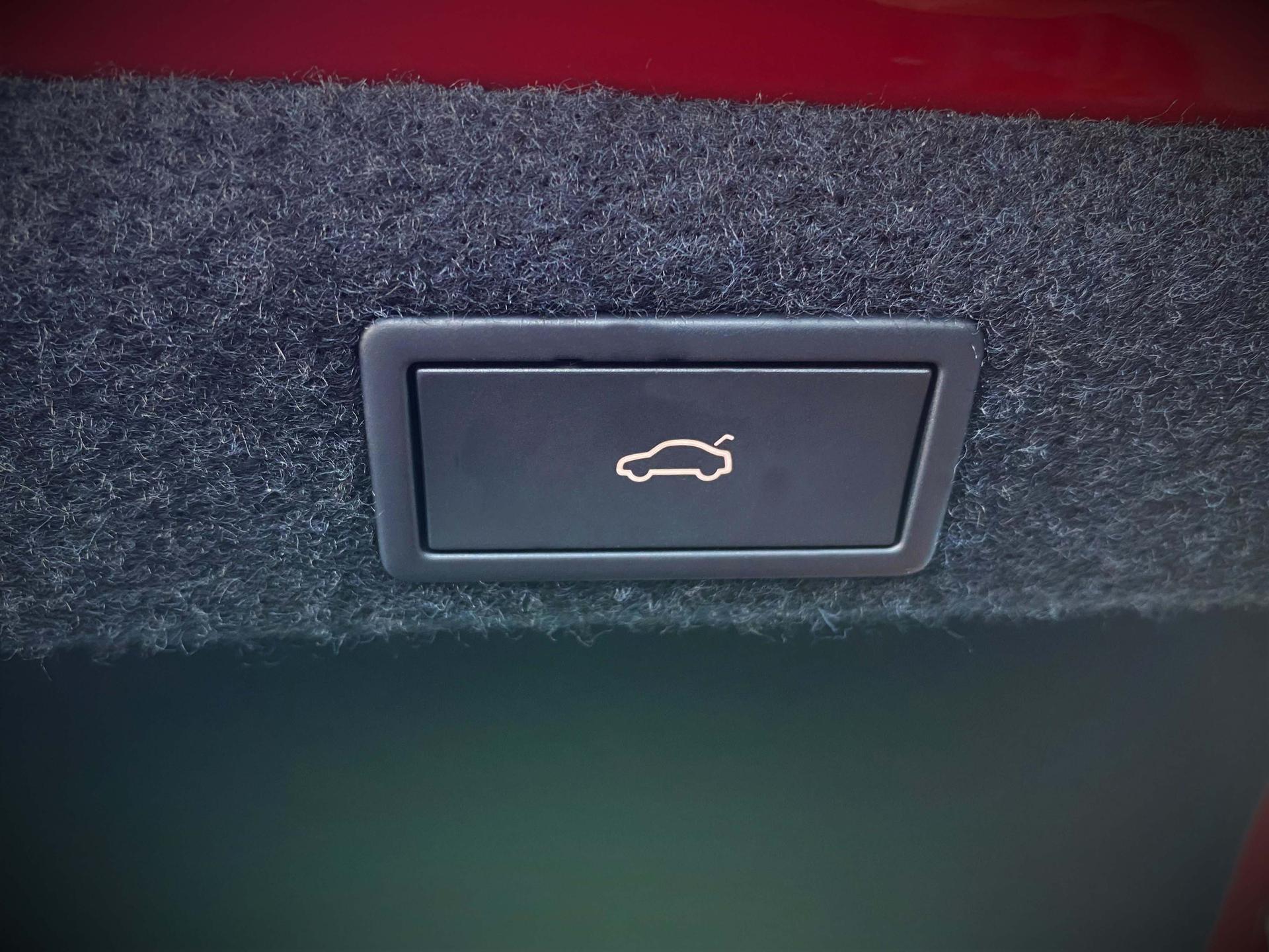 ŠKODA Octavia RS iV Plug-in-Hybrid Interieur Kofferraum