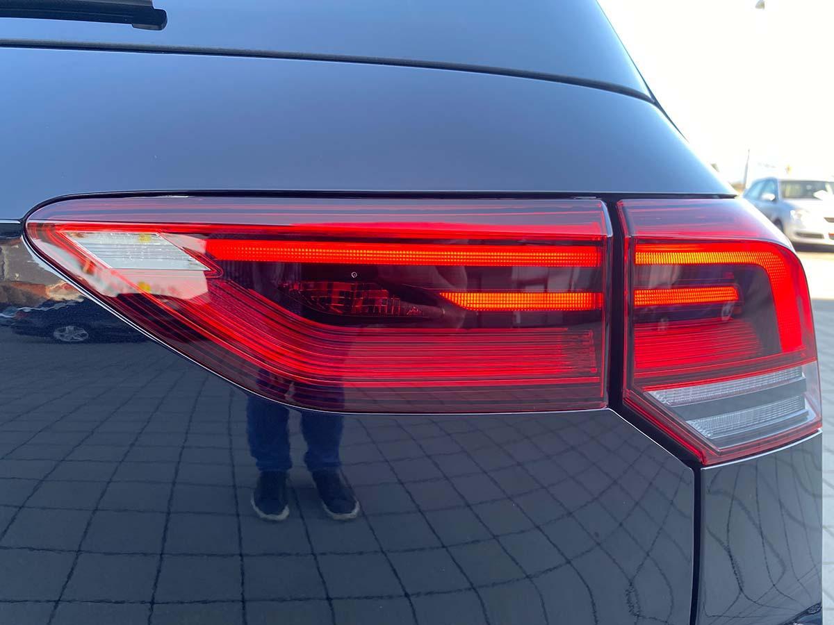 VW Golf 8 1.5 eTSI R-Line Exterieur Scheinwerfer