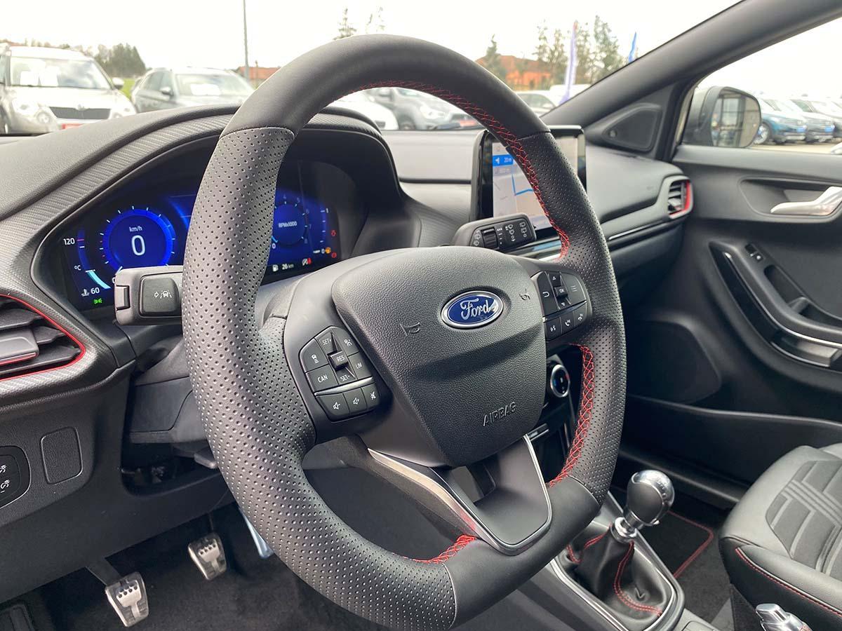 Ford Puma ST-Line X 1.0 EcoBoost 155 Hybrid Interior Lenkrad