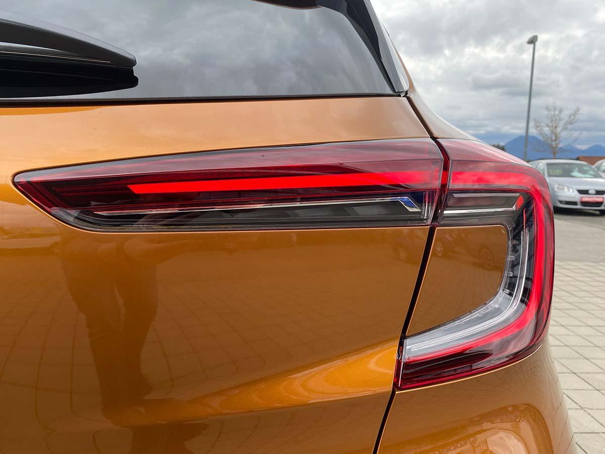Renault Captur Experience TCe 100 Scheinwerfer