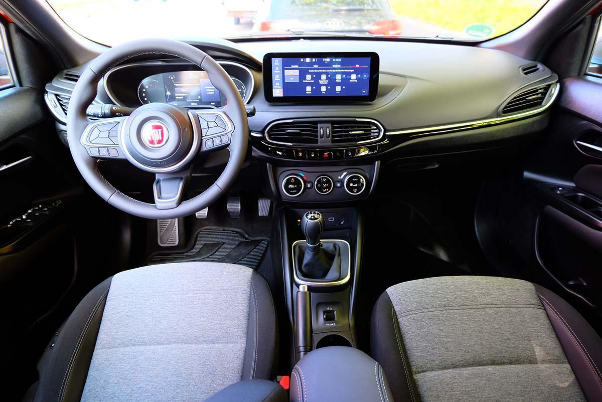 Fiat Tipo Lenkrad, Multimedia