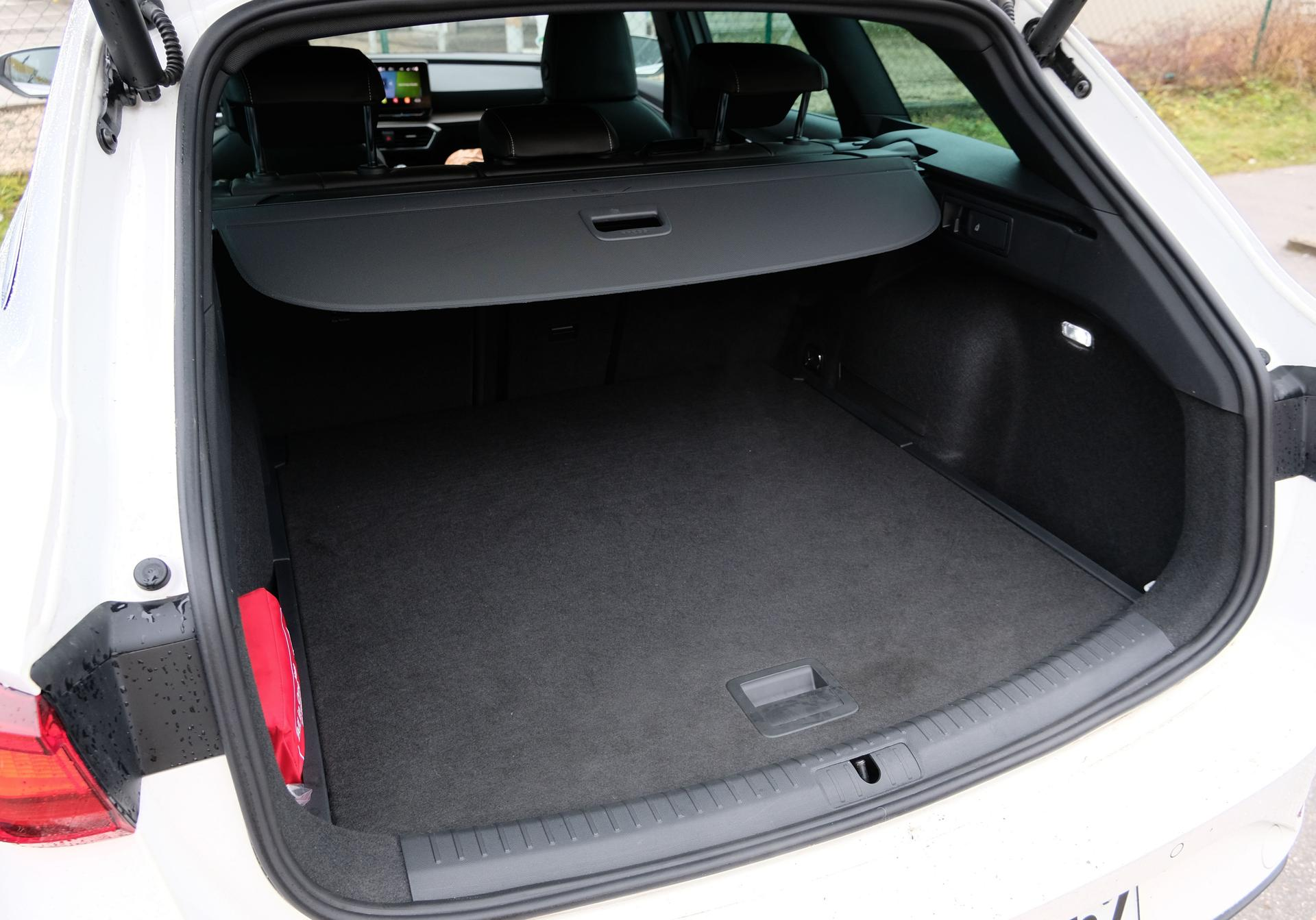 SEAT Leon Sportstourer FR 1.5 eTSI Kofferraum