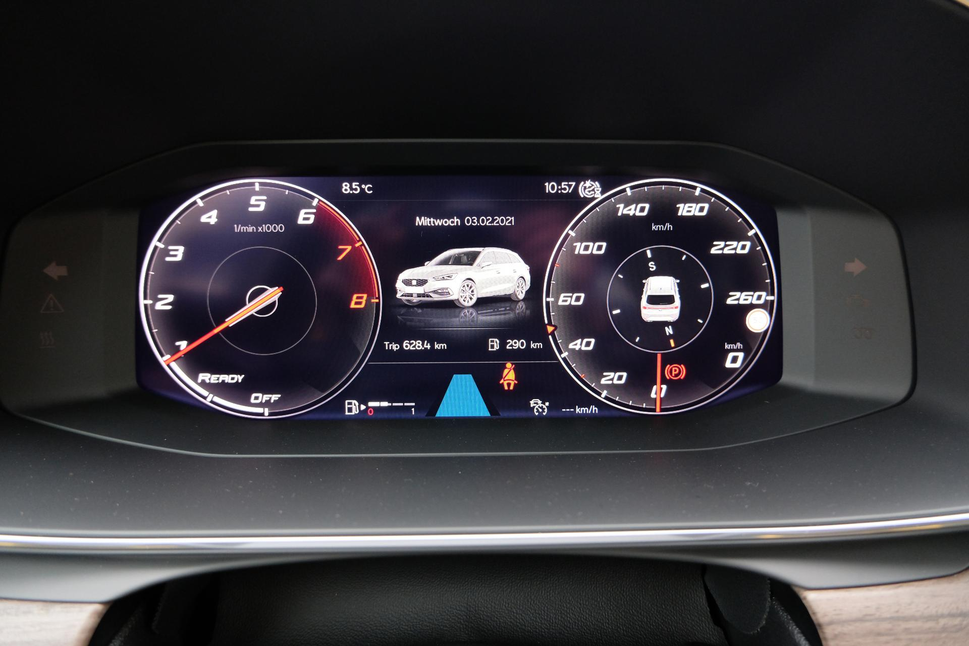 SEAT Leon Sportstourer FR 1.5 eTSI Cockpit
