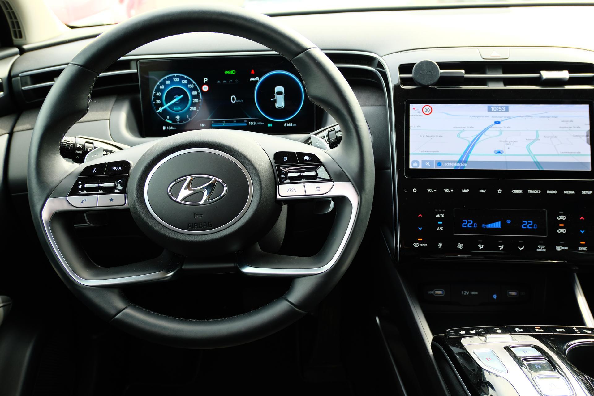 Hyundai Tucson 1.6 T-GDI HEV 4x4 Lenkrad, Multimedia