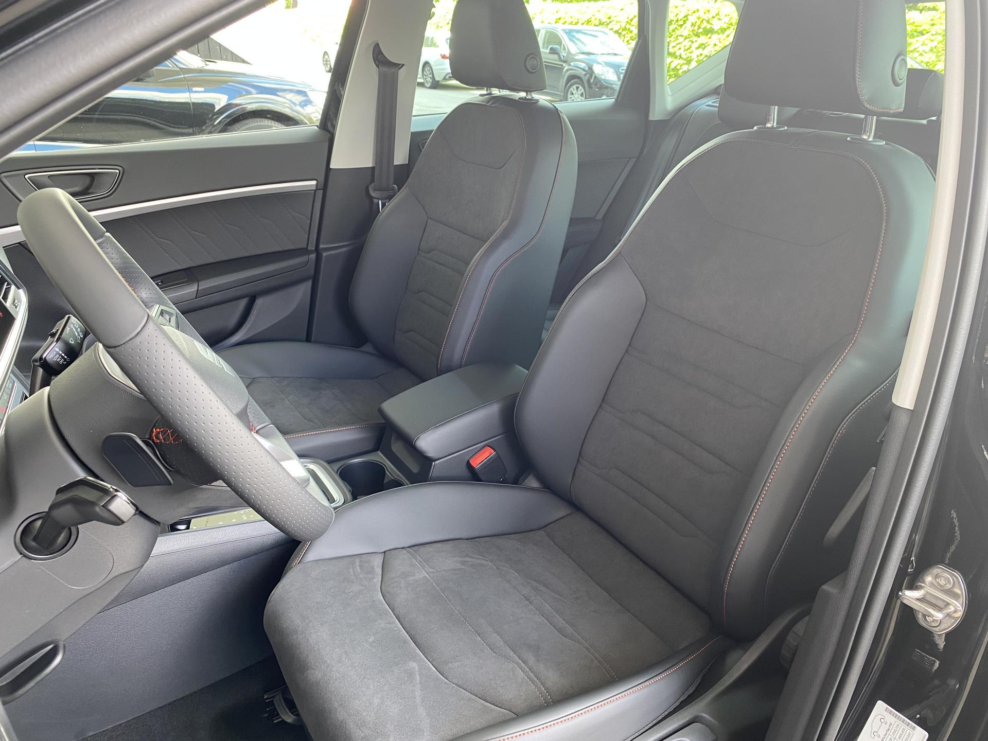 SEAT Ateca FR 1.5 TSI DSG Innenraum Fahrersitz