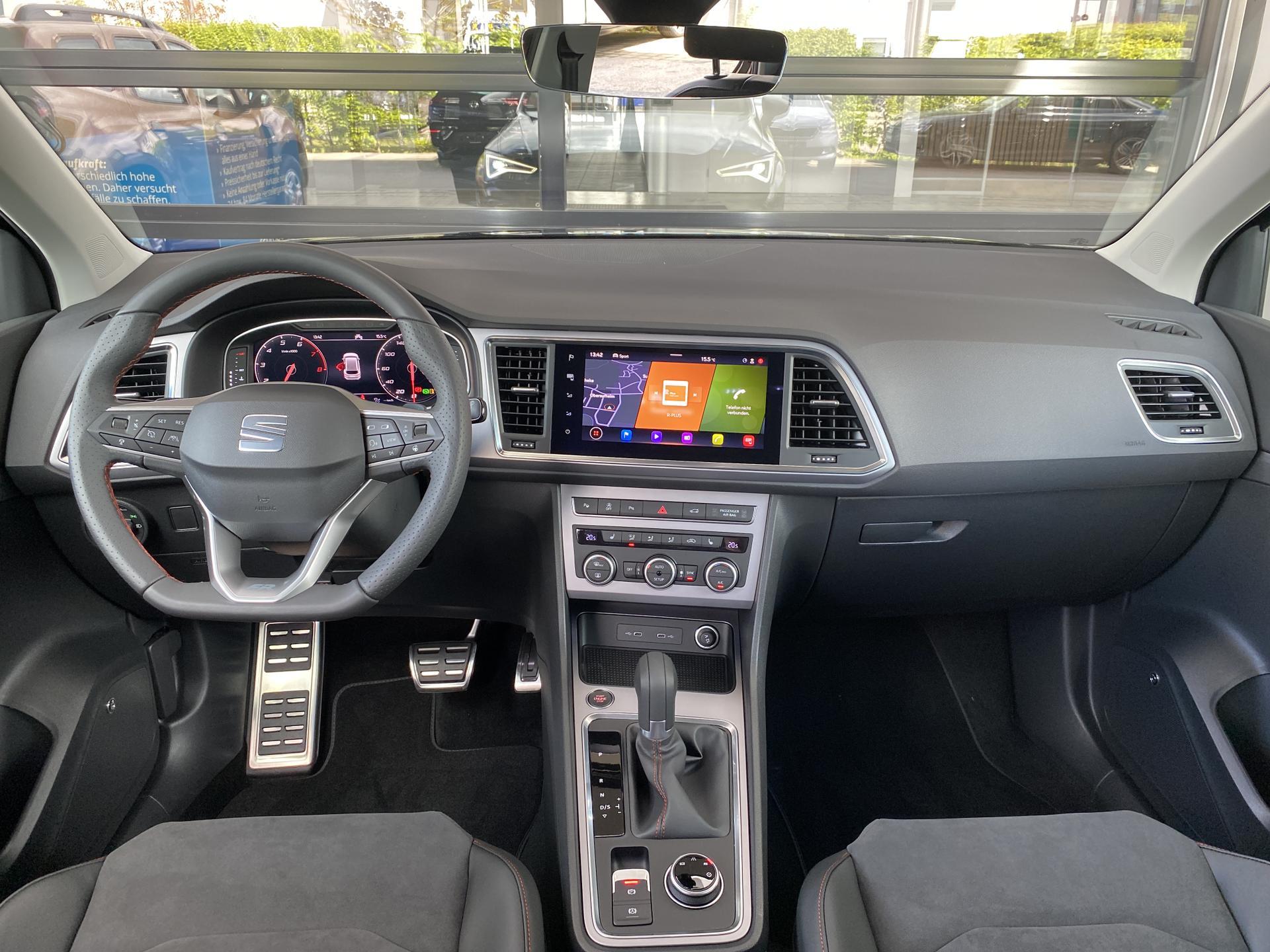 SEAT Ateca FR 1.5 TSI DSG Innenraum