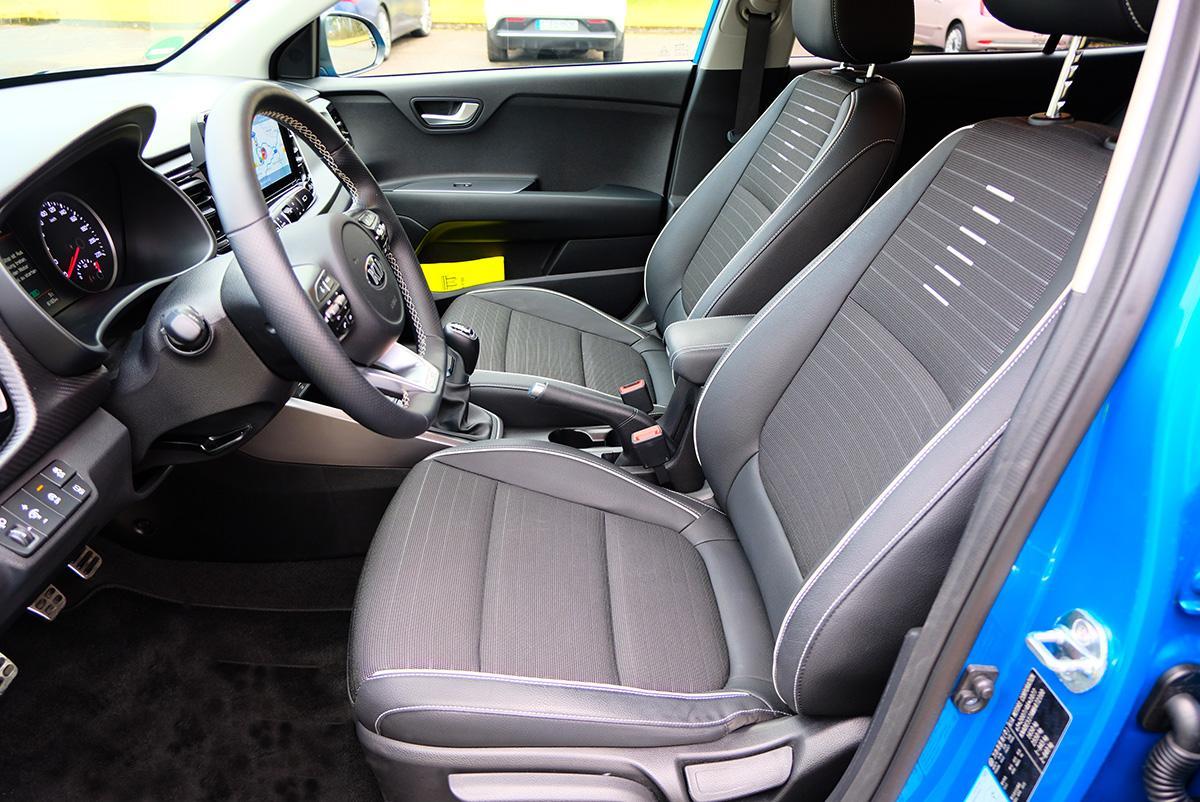Kia Rio 1.0 T-GDI 120 DCT Fahrersitz
