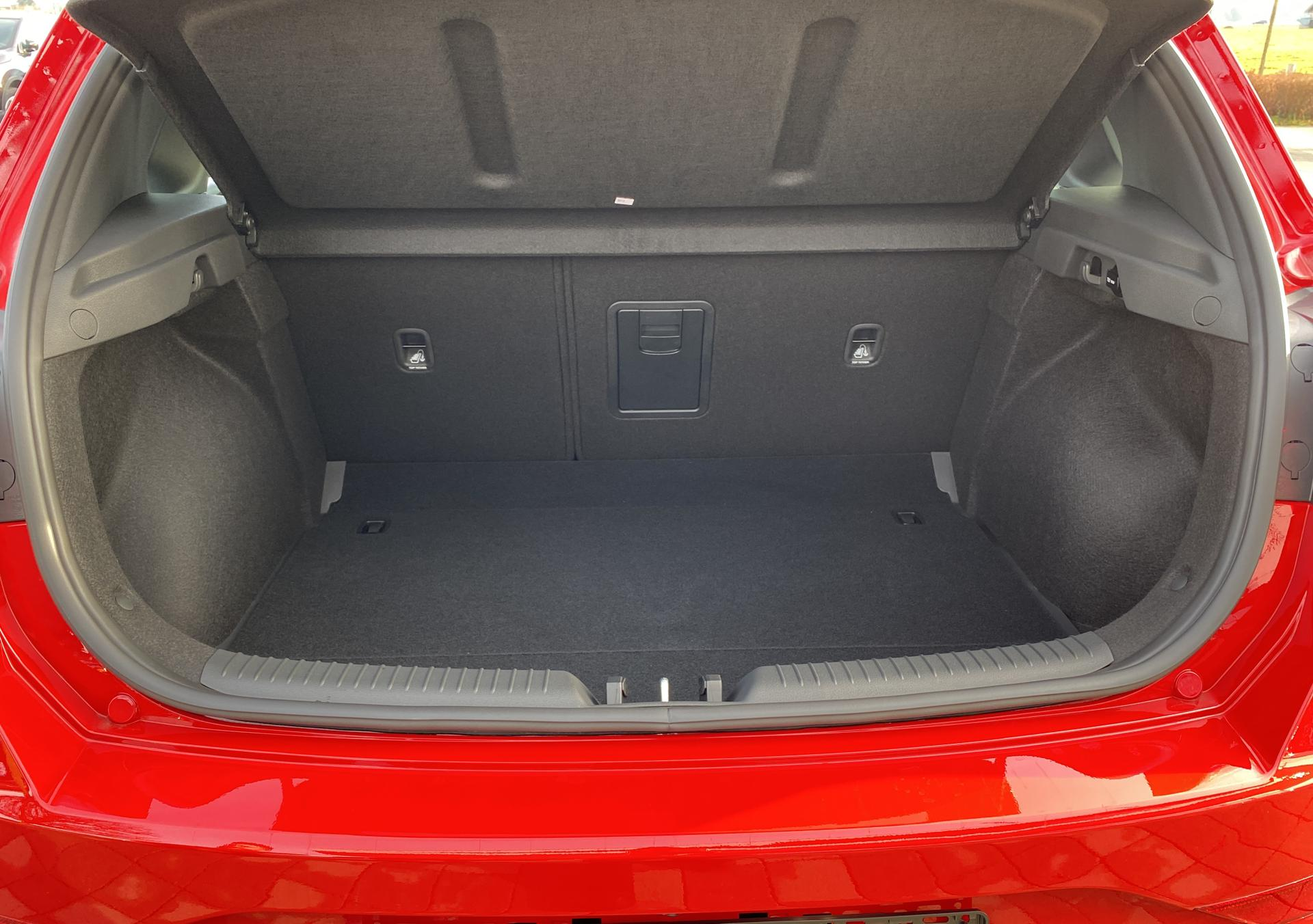 Hyundai i30 1.5 T-GDI iMT N Line Kofferraum