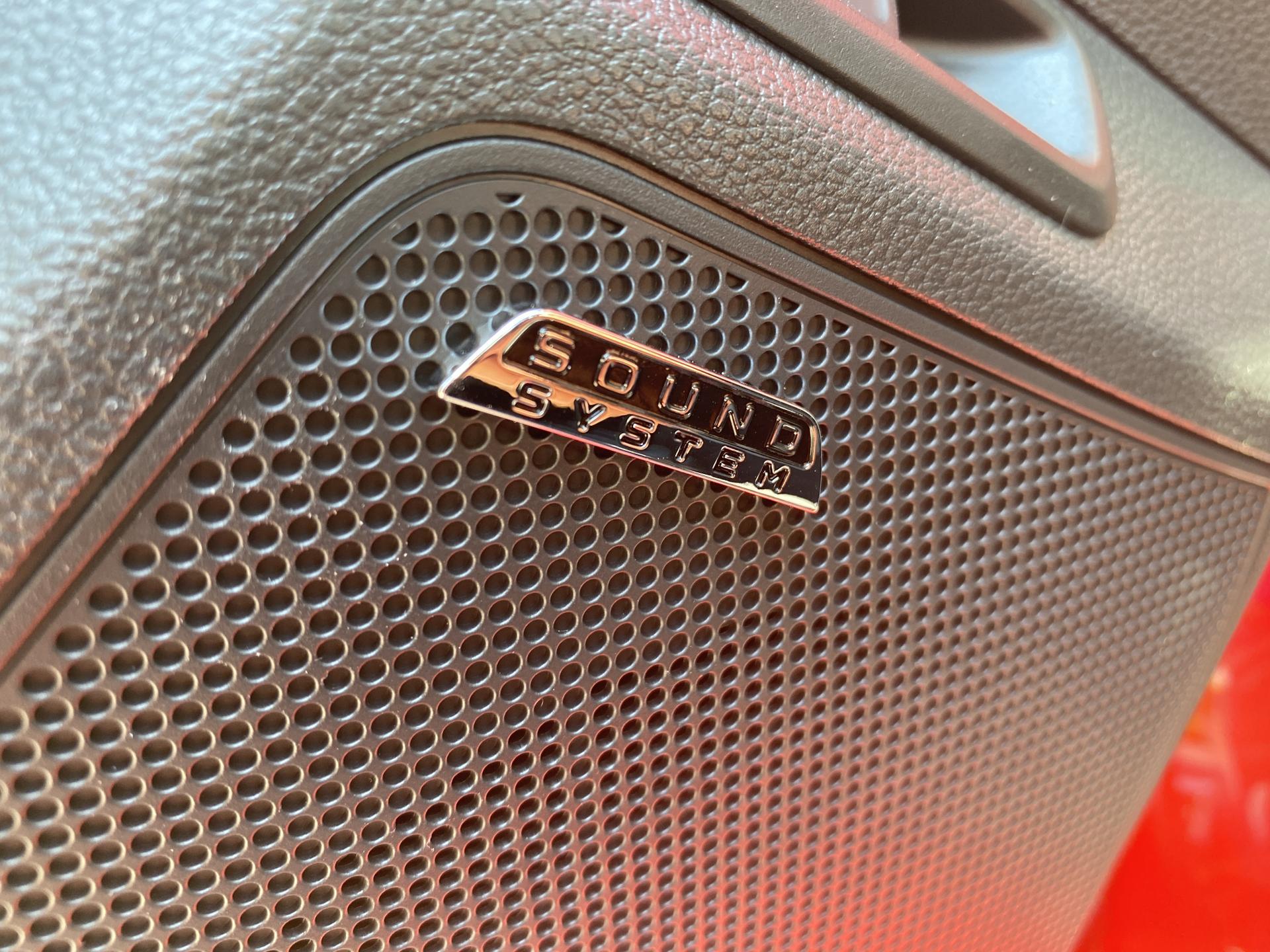 Skoda Scala innenraum sound system