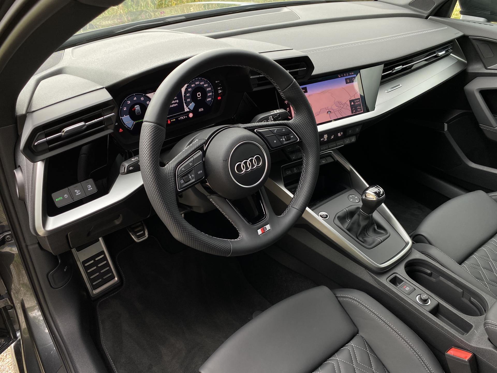 Audi A3 Lenkrad Innenraum