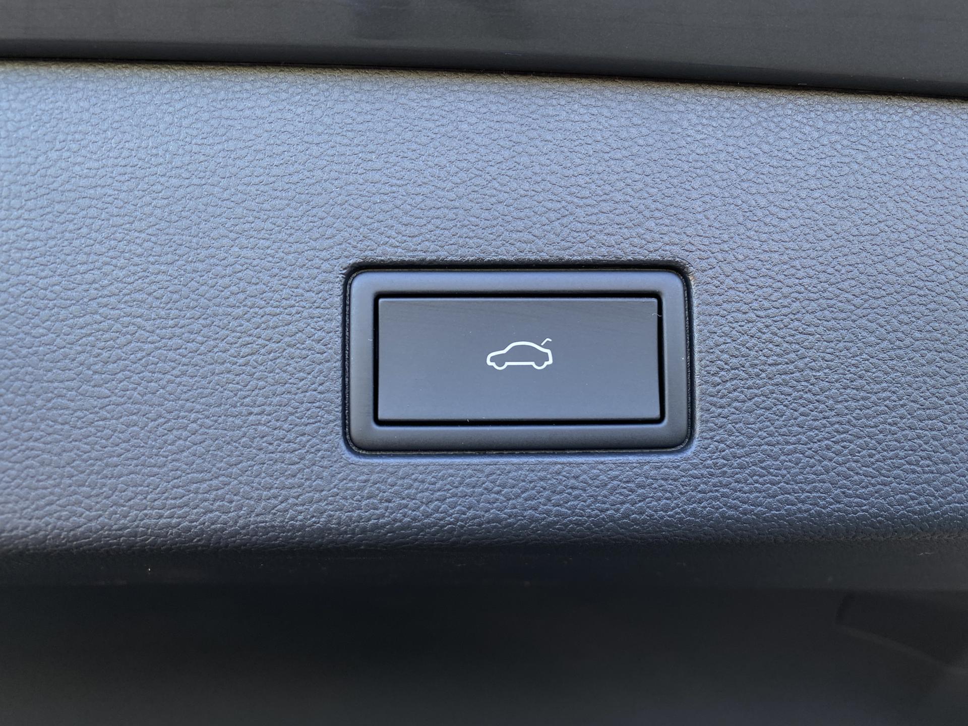VW Golf Variant Kofferraumtaste