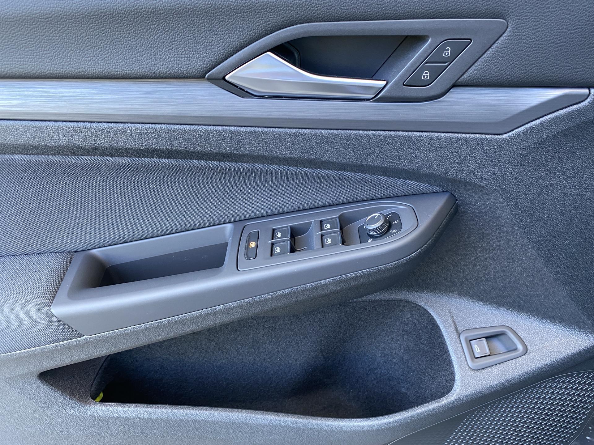 VW Golf Variant Fahrertür