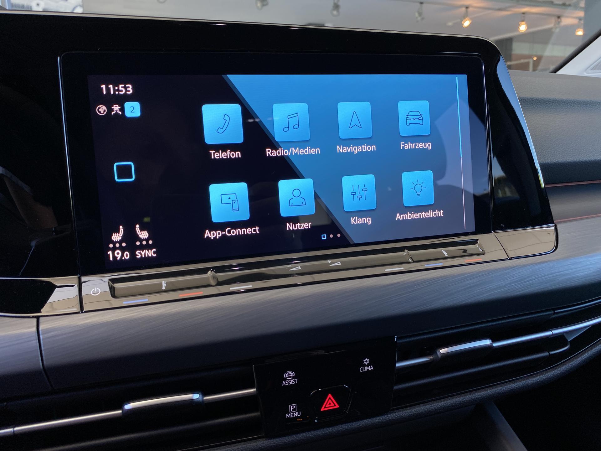 VW Golf Variant Multimedia