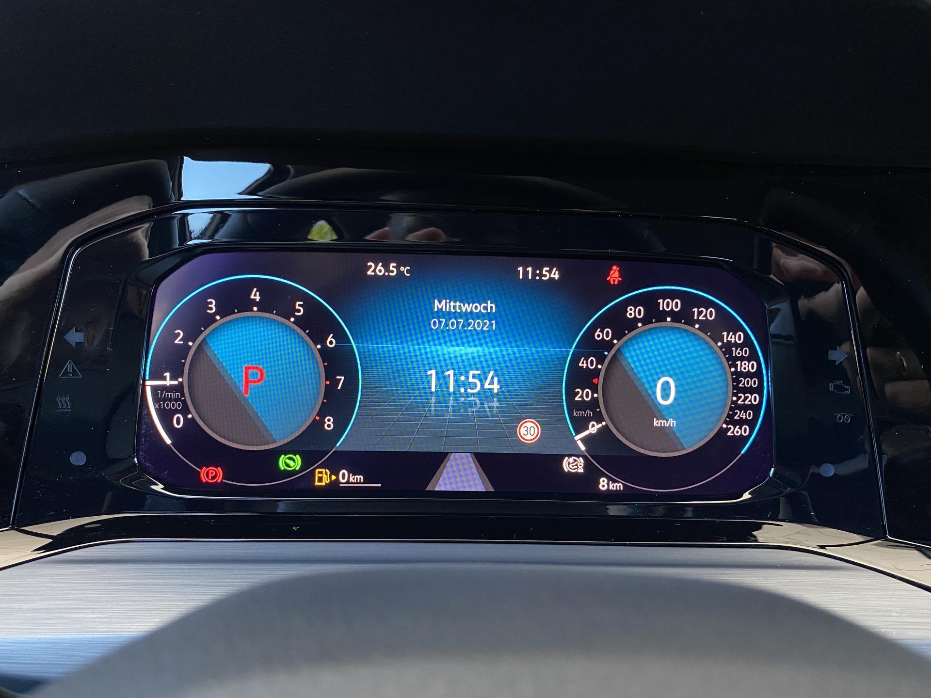 VW Golf Variant Digitales Cockpit
