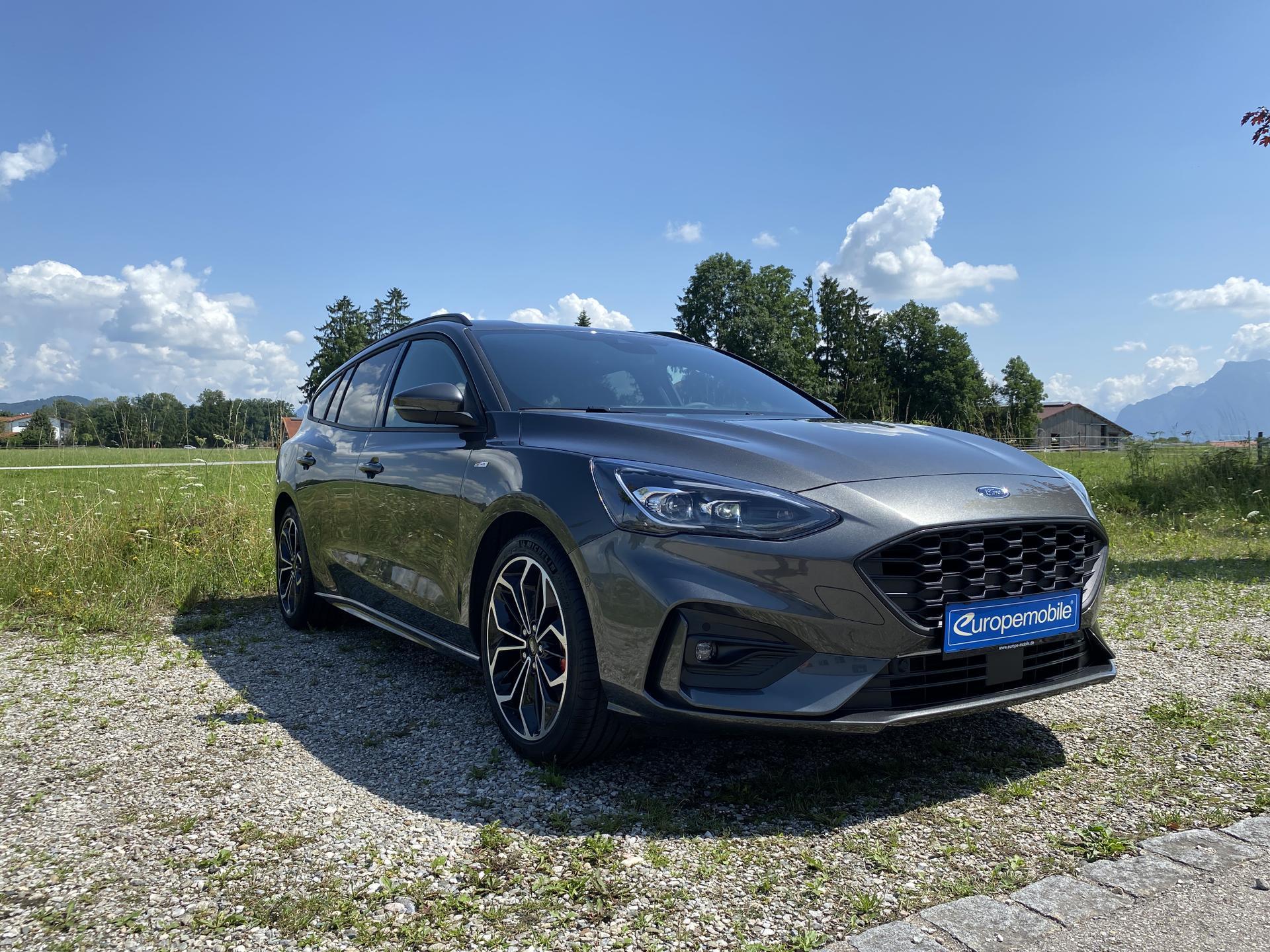Ford Focus Turnier vorne
