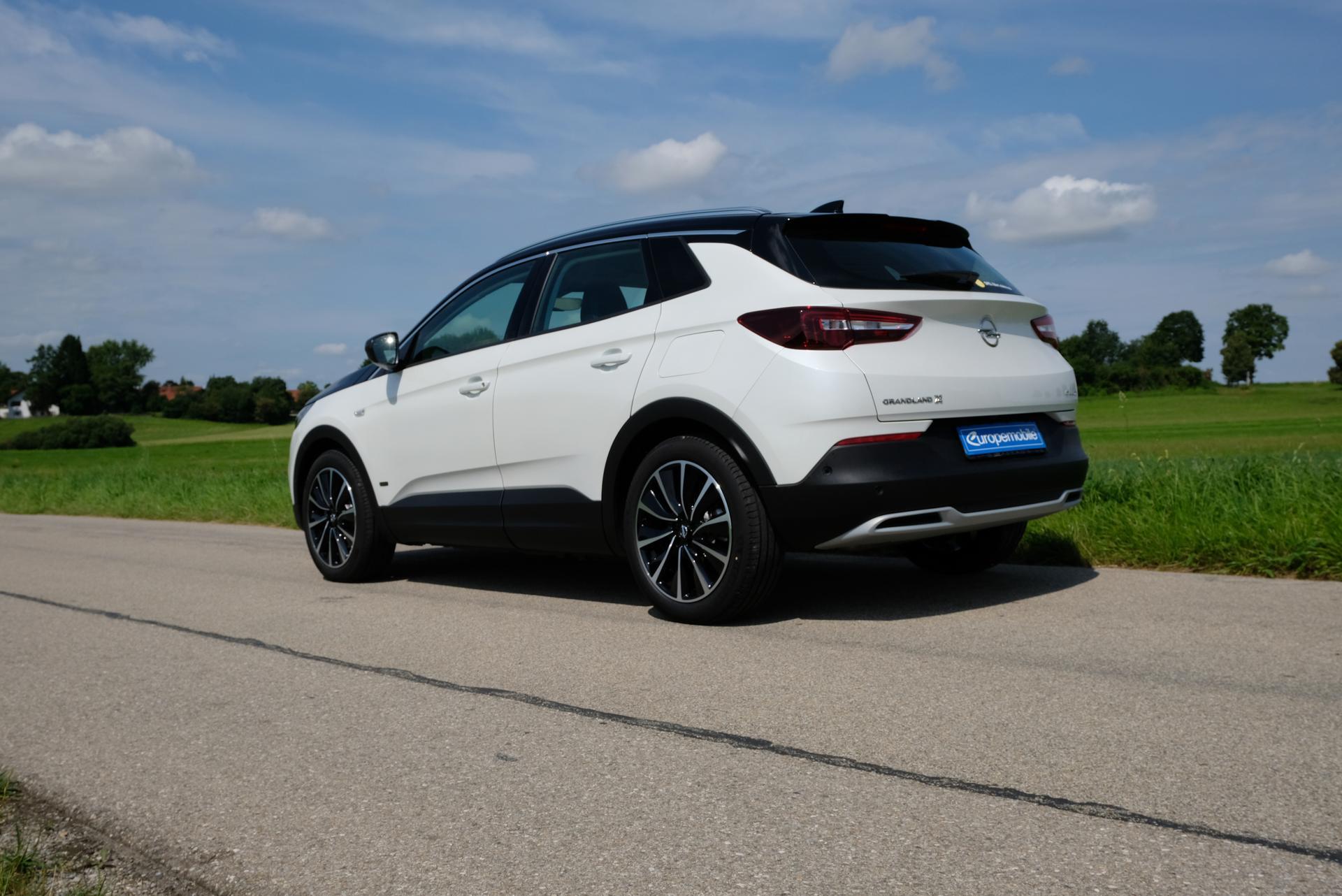 Opel Grandland X hinten